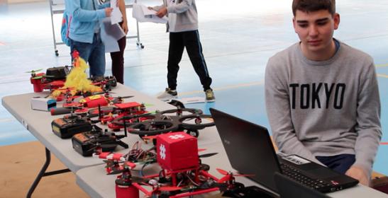 Feria Aérea drones sociales