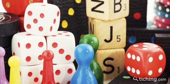 Juegos de mesa cooperativos: imagen de fichas de diferentes juegos